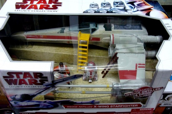 2009-X-Wing-Starfighter-Wedge-Antilles-Package