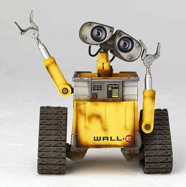 revoltech-pixar-wall-e-02