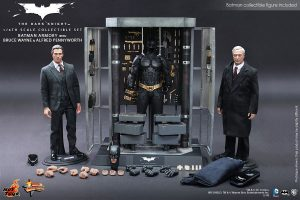 hot toys mms236 bruce wayne batman armory set 01