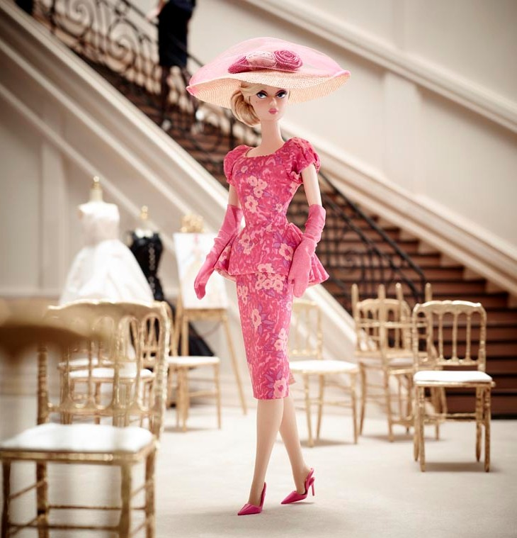 [Vente] lot PULLIP avec Aurora ,5 Monster High , Barbie  - Page 2 Barbie-fashionably-floral-09