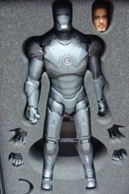 Hottoys-Ironman-MarkIII-SpecialVersion-Grey-2