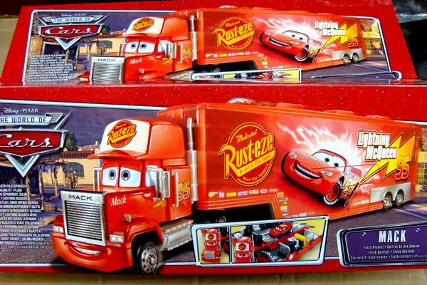 disney pixar cars characters. Disney Pixar Cars Race-O-Rama