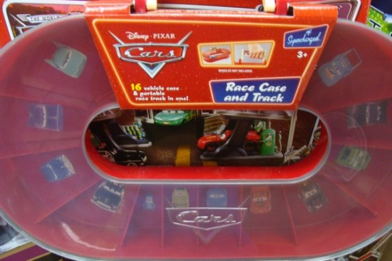 disney-pixar-cars-race-chase-and-track