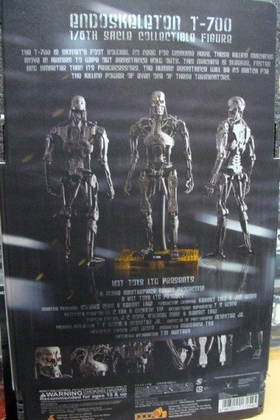 Hot Toys Terminator Salvation Endoskeleton T-700 Back Box View