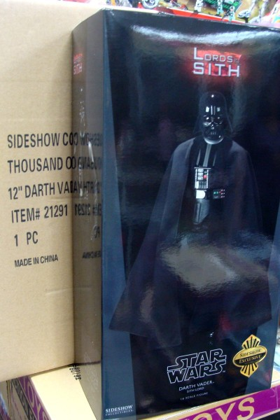sideshow-exclusive-darth-vader
