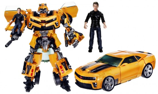 bumblebee from transformers. transformers-rotf-voyager-