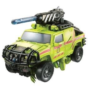 RA-28-Autobot-Ratchet-2