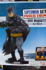 dc-direct-batman-dvd-maquette