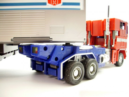 takara-mp4-transformers-masterpiece-convoy-trailer